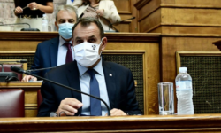 Image for Greece and France ink 'historic' defense agreement
